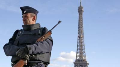 امریکی اخبار نے انکشاف کیا ہے کہ پیرس حملے کے ملزمان برطانیہ میں موجود کچھ لوگوں سے رابطے میں تھے