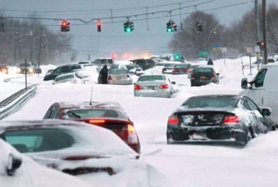 امریکی ریاست نیویارک میں موسم سرما کی پہلی برفباری , نظام زندگی درہم برہم