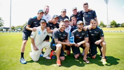 نیوزی لینڈ نے سری لنکا کو پانچ وکٹوں سے شکست دے کر ہیملٹن ٹیسٹ جیت لیا، کیویز نے ٹیسٹ میچوں کی سیریز دو صفر سے اپنے نام کرلی