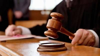 گزری پولیس مقابلے میں گرفتار زخمی ملزم غلام آزاد کو انسداد دہشتگردی عدالت کے منتظم جج نے 14 روز کے جسمانی ریمانڈ پر پولیس کی تحویل میں دے دیا۔