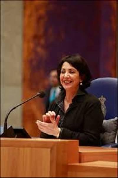 یورپی ملک ہالینڈ کی پارلیمنٹ میں پہلی بار ایک مراکشی نژاد خاتون رکن پارلیمنٹ کوسپیکرمنتخب کرلیا گیا