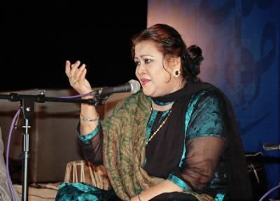 پاکستان فلم انڈسٹری کی کوئل ڈھائی سو پلے بیک سانگز گانے والی مہناز بیگم کو ہم سے بچھڑے تین برس گزر گئے