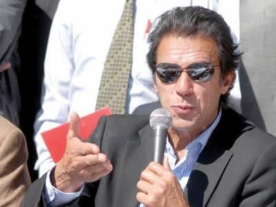 ڈپٹی اسپیکر پنجاب اسمبلی نے راجن پور کے جنگلات پر قبضہ کررکھا ہے,گزشتہ دس سال میں خیبر پی کے میں دو سو ارب روپے کی لکڑی غیر قانونی طریقے سے کاٹی گئی : عمران خان