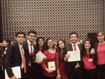کراچی کے طلباء نے امریکہ کے شہر بوسٹن میں منعقدہ تقریری مقابلہ جیت کرملک کا نام روشن کر دیا