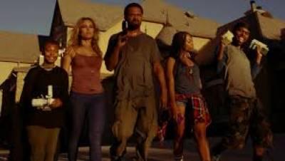 ہالی ووڈکی کامیڈی اورایکشن سے بھرپورفلم 'میٹ دی بلیکس'کا نیا ٹریلر جاری کردیا گیا