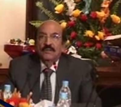 وزیراعلی سندھ سید قائم علی شاہ کی زیر صدارت کابینہ کے اجلاس میں بریفنگ