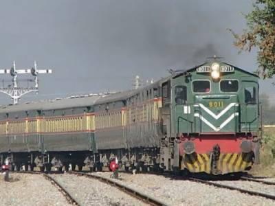 پاکستان اور بھارت کی ریلوے سروس جلد بحال ہونے کا امکان ہے, بھارتی حکام سے رابطہ میں ہیں جلد اچھی خبر آئے گی : ترجمان ریلوے