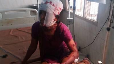 بھارت میں نوجوان نسلی امتیاز کی بھینٹ چڑھ گیا , نچلی ذات سے شادی پر نوجوان کا سرعام بے دردی سے قتل , زخمی خاتون ہسپتال میں زندگی اور موت کی کشمکش میں مبتلا