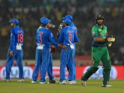 کپتان بدلے، میدان بدلے ،سال بدلے، مگر نہ بدلا تو بس نتیجہ ,ورلڈ ٹی ٹوئنٹی میں بھارت نے پاکستان کو باآسانی چھے وکٹ سے ہرا دیا