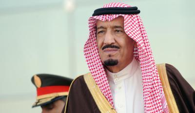 شاہ سلمان نےاعلان کیا ہےکہ سعودی عرب کومصرسےملانےکےلیےبحیرۂ احمرپرپل بنایاجائےگا