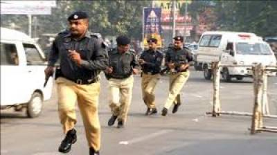 policeاہلکاروں پرحملے کےالزام میں خاتون سمیت11افرادکوگرفتارکرلی