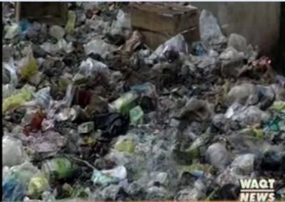 پشاور میں محکمہ موسمیات کے الرٹ جاری کرنے کے باوجود خستہ حال عمارتوں کو مرمت نہیں کیا گیا