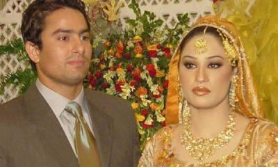 گلو کارہ حمیرا ارشد اور اداکار احمد بٹ نے بارہ سال ساتھ رہنے کے بعد زندگی کی راہیں جدا کر لیں ۔