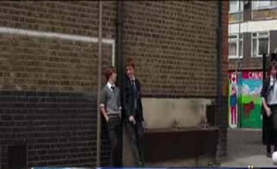 لندن میں میوزک کا شوق رکھنے والا ایک لڑکا ماں کی تلاش میں دور دراز کےعلاقے کی جانب نکل پڑتا ہے