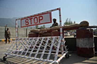بھارتی فوج نے کشمیریوں کے خلاف نیا محاذ کھول دیا، اس جمعہ پھر مساجد کی تالہ بندی کردی۔