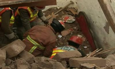 لاہور کے علاقے ساندہ میں زیر تعمیر مکان کی چھت گرنے سے ملبے تلے دب کر دو مزدور جاں بحق دو معمولی زخمی