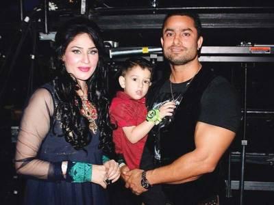 گلوکارہ حمیرا ارشد اور انکے سابق شوہر احمد بٹ کے درمیان بیٹے کی تحویل کے حوالے سے راضی نامہ ہو گیا