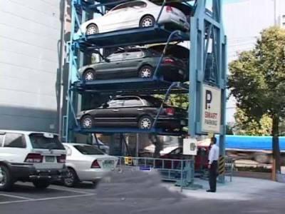 کراچی والے بھی جدید ٹیکنالوجی سے لیس اب کارپارکنگ استعمال کرسکیں گے، اسمارٹ کار پارکنگ مشین تیار