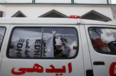 کراچی: پورٹ قاسم کے قریب ٹریفک حادثہ،6افراد زخمی۔