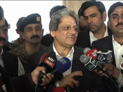 مصطفی کمال سیاسی میدان میں ناکام ہو گئے،انکے تمام الزامات بے بنیاد اور گھٹیا ہیں :گورنر سندھ ڈاکٹر عشرت العباد