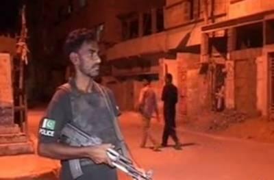 کراچی:منگھو پیرمیں سرچ آپریشن، گھر گھر تلاشی،47 مشتبہ افراد گرفتار