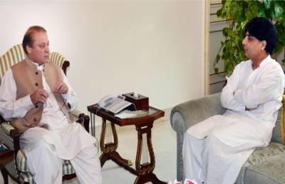 وزیر اعظم نواز شریف سے وزیر داخلہ چودھری نثارکی ملاقات , متنازعہ خبر کی اشاعت سے متعلق تحقیقات سے آگاہ کیا