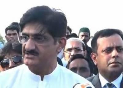 وزیراعلیٰ سندھ مراد علی شاہ نے کراچی میں کارساز کے شہداء کی یادگار پر حاضری دی