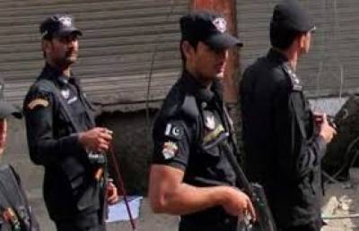 سوات میں سی ٹی ڈی مالاکنڈ نے کارروائی کرتے ہوئے عوامی جرگے پرحملے میں ملوث مبینہ دہشت گرد کو گرفتار کرلیا