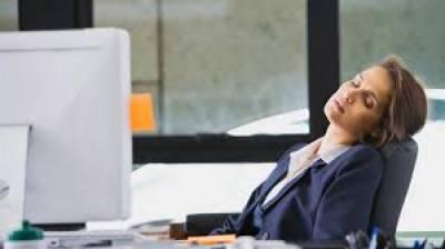 نیند کی کمی موٹاپے کا خطرہ بڑھا دیتی ہے: نئی تحقیق
