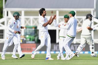 کرائسٹ چرچ ٹیسٹ: پاکستانی باؤلرز کی شاندار کارکردگی.نیوزی لینڈ کی ٹیم اپنی پہلی اننگ میں 200 رنز بنا پرآؤٹ۔