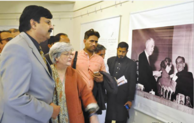فیض احمد فیض کی یاد میں لاہور میں فیض انٹرنیشنل میلہ کا آغاز ہوگیا