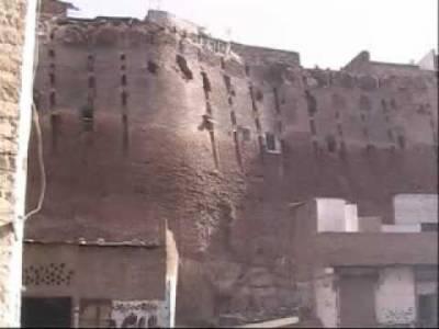 حیدر آباد کی پہچان غلام شاہ کلہوڑو کے دور میں تعمیر کیا جانےوالا پکا قلعہ تباہی سےدو چار ہے