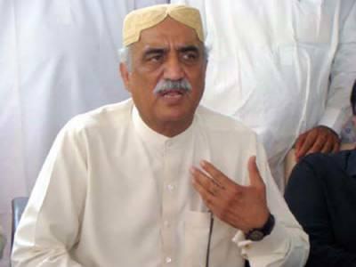 نواز شریف کے وزیر اعظم ہوتے ہوئےملک کےاندرونی اور بیرونی خطرات بڑھتےجا رہے ہیں۔ سید خورشید شاہ