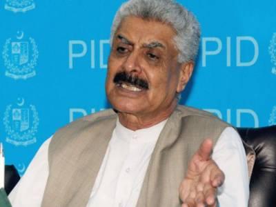 پانامہ پیپرز کے بارے میں تحریک انصاف کا مقدمہ انتہائی کمزور ہے۔ عبدالقادر بلوچ
