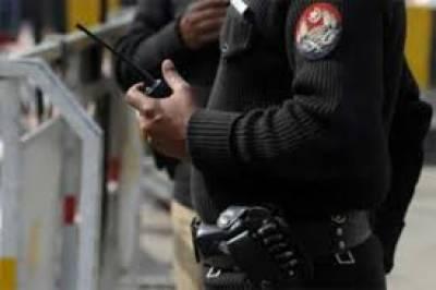 ملتان اور مظفر گڑھ میں سرچ آپریشن کے دوران2خواتین سمیت 4افراد کو گرفتار کرلیا گیا