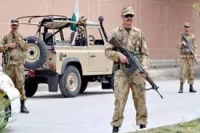 پشاورمیں سیکیورٹی اداروں کے سرچ آپریشن کے دوران65 افراد کو حراست میں لیکر بھاری مقدار میں اسلحہ اور منشیات برآمد کرلی