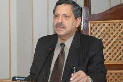 حامد خان پاناما لیکس کیس کی پیروی سے دستبردار ہو گئے