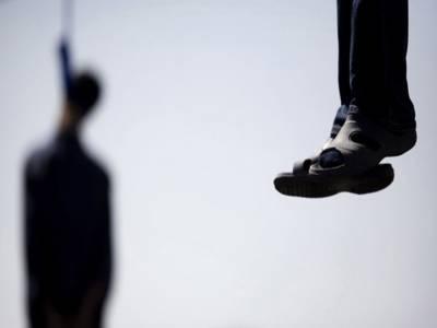 سیالکوٹ کی ڈسٹرکٹ جیل میں تہرے قتل کے مجرم کو تختہ دار پر لٹکا دیا گیا۔