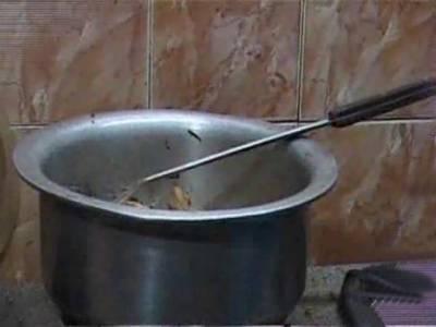 پشاورمیں گیس پریشر میں کمی اور لوڈشیڈنگ کے باعث نانبائیوں کی مشکلات بڑھ گئیں