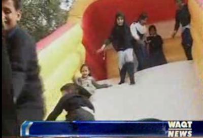 اسلام آباد میں ثقافتی ترویج کے ادارے لوک ورثہ میں سجا یہ چلڈرن فیسٹول اپنی نوعیت کا منفرد میلہ تھا