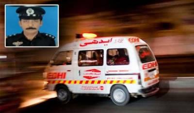کراچی میں گزشتہ روز فائرنگ سے شہید ہونیوالے ڈی ایس پی فیض شگری کو سپرد خاک کردیا گیا