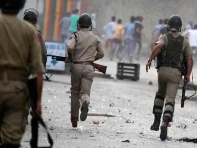 مقبوضہ وادی: چملیال میں بھارتی درندوں نےمزید 2 نہتے کشمیروں کو شہید کر ڈالا۔