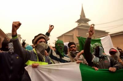 مقبوضہ جموں و کشمیر میں بھارتی مظالم کا سلسلہ جاری ہے، کشمیری 5 دسمبرکو لال چوک کی طرف مارچ کریں گے۔
