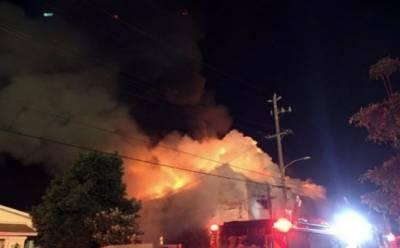 امریکی ریاست کیلی فورنیا میں کنسرٹ کے دوران خوفناک آگ لگنے سے نو افراد ہلاک ہوگئے،