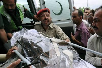 پی آئی اے طیارہ حادثہ میں جاں بحق افراد کی میتیں پمز اسلام آباد منتقل کر دی گئی ہیں,میتوں کودو مراحل میں ہسپتال پہنچایا گیا