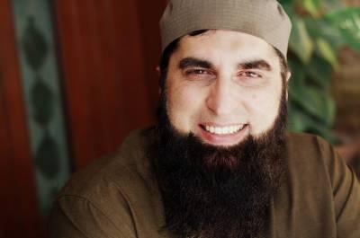 سانحہ حویلیاں میں شہید ہونے والے معروف نعت خواں اور مذہبی سکالر جنید جمشید کا جسد خاکی کراچی پہنچا دیا گیا