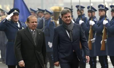 وزیراعظم نواشریف کی بوسنیا کےہم منصب کےساتھ ملاقات, پاکستان میں داعش کا کوئی وجودنہیں ملک سےدہشتگردوں اوران کی پناہ گاہوں کاخاتمہ کردیاگیا,وزیراعظم نواشریف