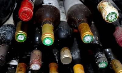 ٹوبہ ٹیک سنگھ میں کرسمس پر زہریلی شراب پینے سےہلاک ہونے والوں کی تعداد بڑھ کر بیالیس ہو گئی ہےمتعدد افراد کی حالت اب بھی نازک ہے وزیراعلیٰ پنجاب نے واقعے کا نوٹس لیتے ہوئے کمیٹی تشکیل دیدی ہے