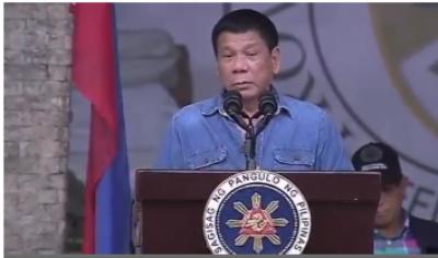 فلپائن کے صدر روڈریگو ڈوٹریٹو ملک سے کرپشن کے خاتمے کیلئے کرپٹ افسران کو ہیلی کاپٹر سے گرانے کی دھمکی دے دی