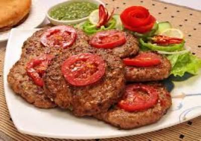 کے پی کی طرح بلوچستان کی عوام بھی چپل کباب کی خاصی شوقین ہے,